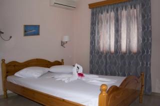 room 8 dimitris pension