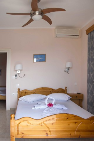 room 8 dimitris pension cozy bedroom